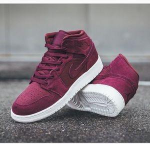 Nike Air Jordan Mid Burgundy
